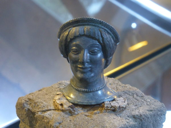 Etruskisches Bronzekopfchen, Museum Orvieto